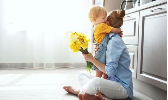 Ways to Celebrate Mother's Day While Social Distancing